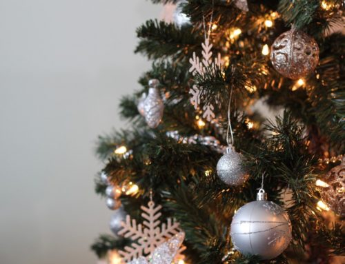 Holiday Decorating Tips for Renters